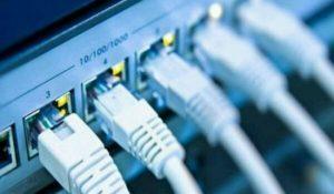 إنقطاع شبكة الانترنت عن 5 محافظات يمنية