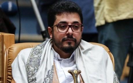 السفير اليمني في طهران يوجه صاروخ باليستي نحو نظيره البريطاني – يمني برس