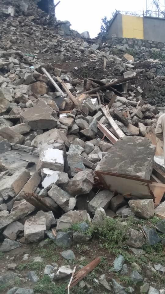 تهدم منزل بمديرية نجرة بحجة بسبب الأمطار والسيول المتدفقة